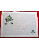 "mantel individual ""eucaliptus"". finas labores bordadas de lagartera"