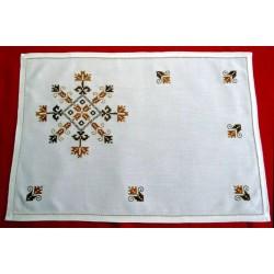 "mantel individual con servilleta ""r.valencia"". artesania lagarterana"