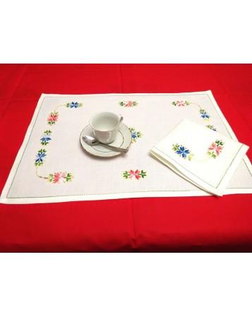 mantel individual aritos. artesanía lagarterana