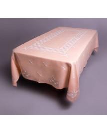 Mantel de las cajas. Labor bordada a mano (Lagartera)