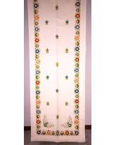 cortina con flores multicolor