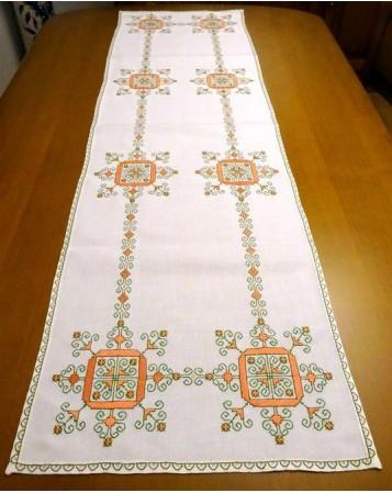 """camino de mesa """"soles y pespunte"""". bordados de lagartera, bordados a mano"""