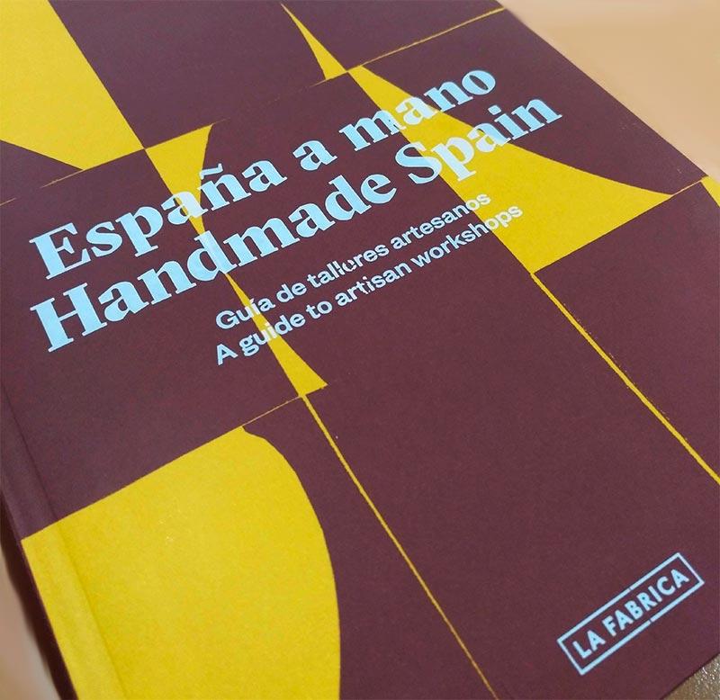 España a mano. Handmade Spain, libro de Macarena Navarro-Reverter. Artesanía de Lagartera Rocío Lozano